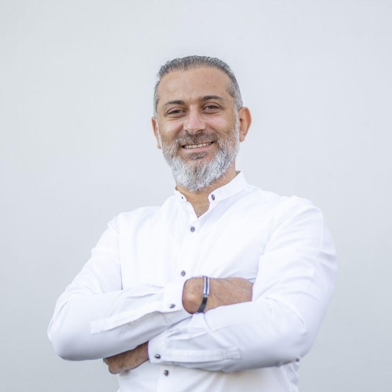 Dentist Soner Arikan